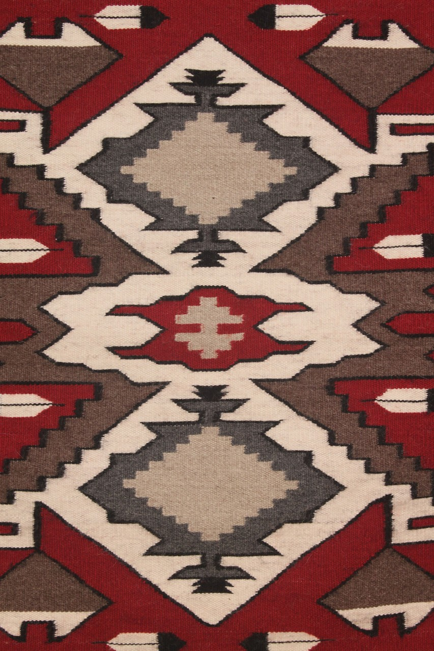 Lot 471 Navajo Weaving Rug Diamond Amp Feather Design
