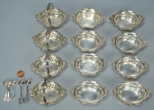 Lot 512: Twelve sterling master salt dips and 6 salt spoons