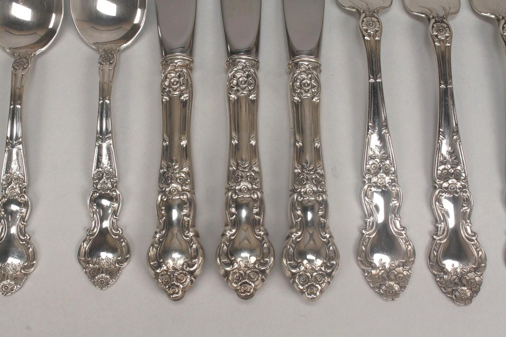 "Lot 515: Wallace ""Meadow Rose"" Sterling Flatware, 10 pieces"