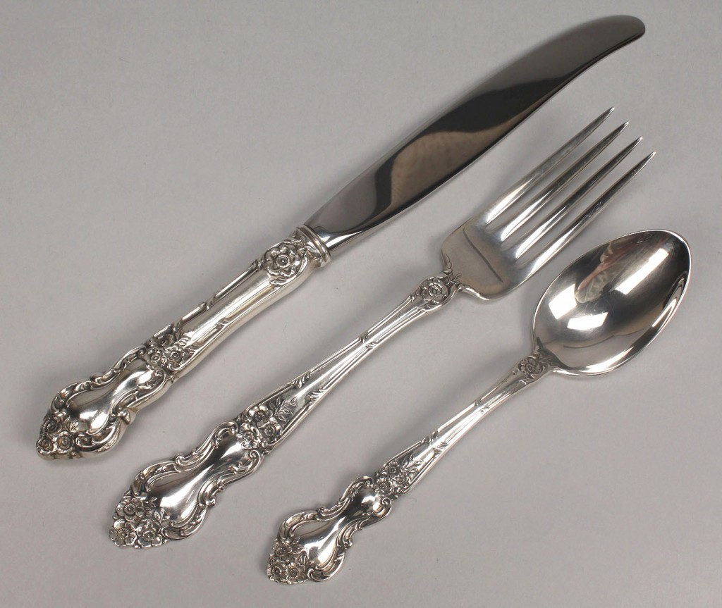 """Lot 515: Wallace """"Meadow Rose"""" Sterling Flatware, 10 pieces"""