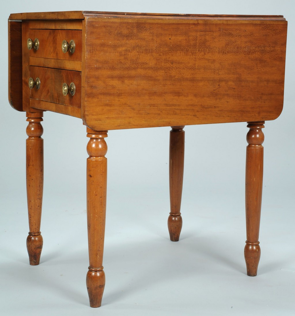 Lot 572: TN or KY Sheraton 2-drawer dropleaf work table