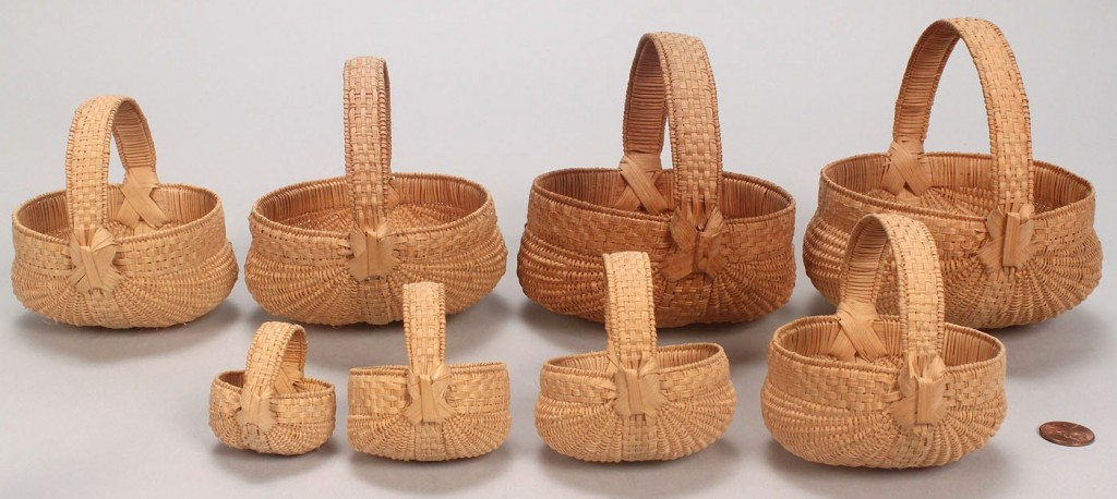 Lot 599: 8 Graduated miniature buttocks baskets