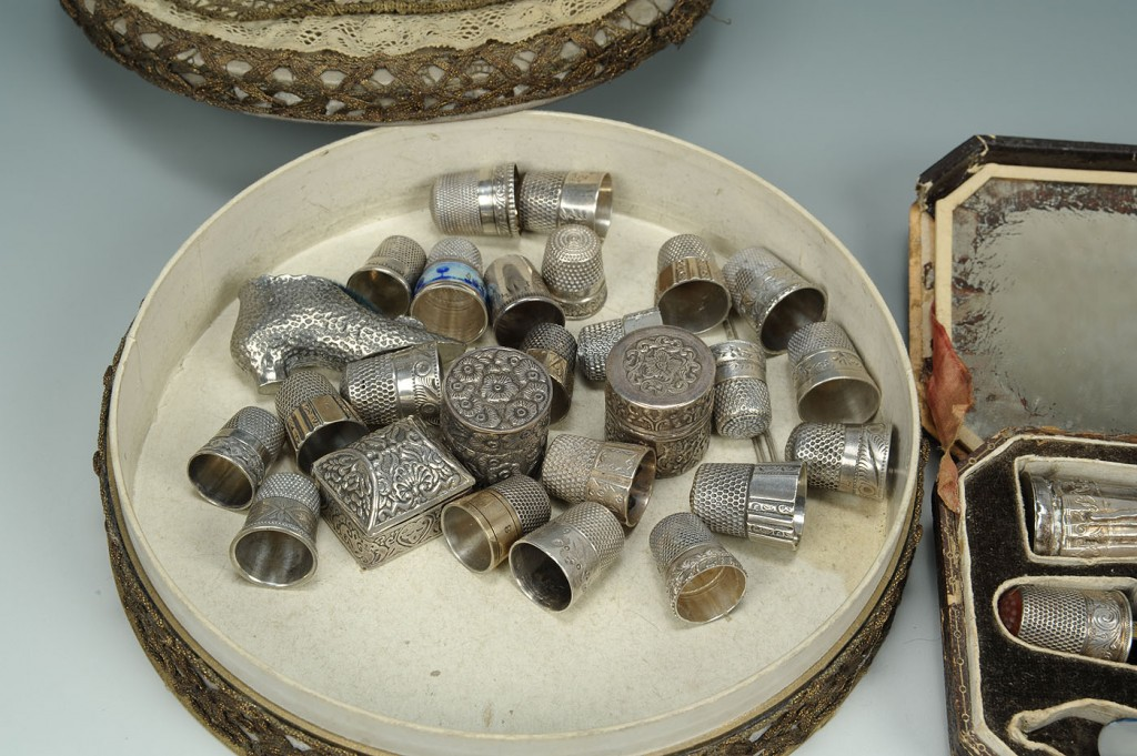 Lot 606: Etui case and 30 assorted silver sewing notions