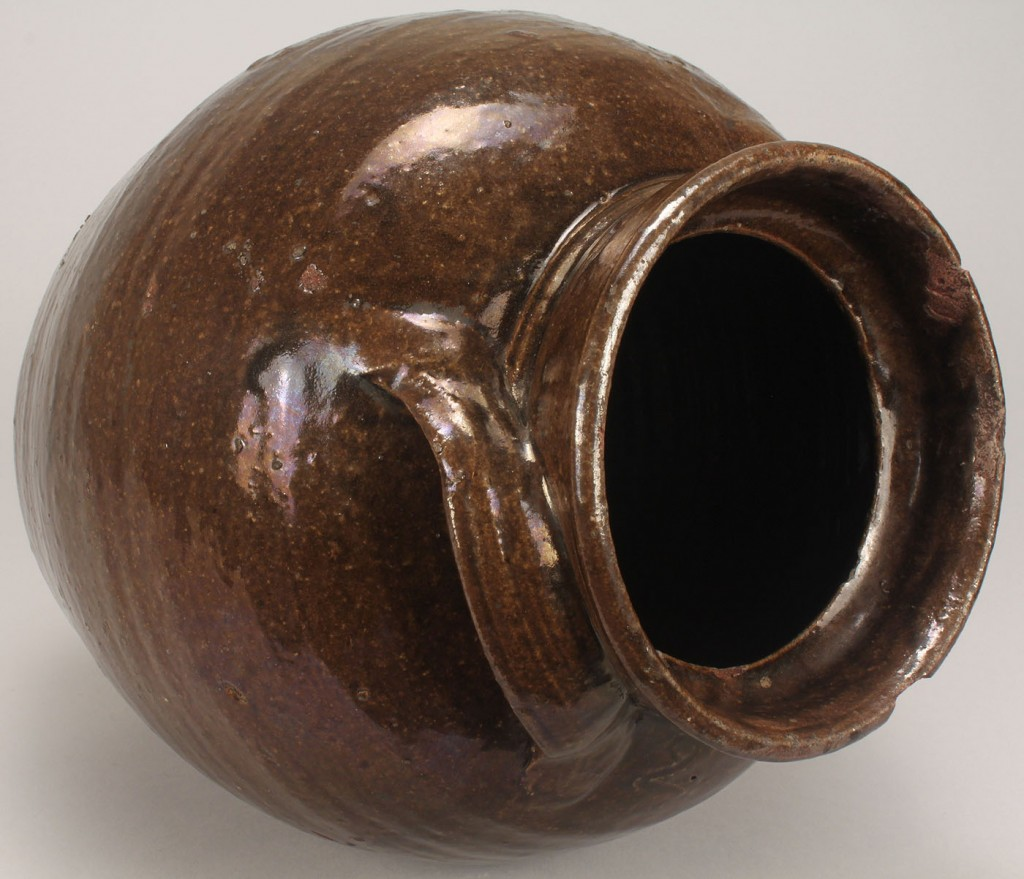 Lot 630: South Carolina Alkaline Glazed Storage Jar