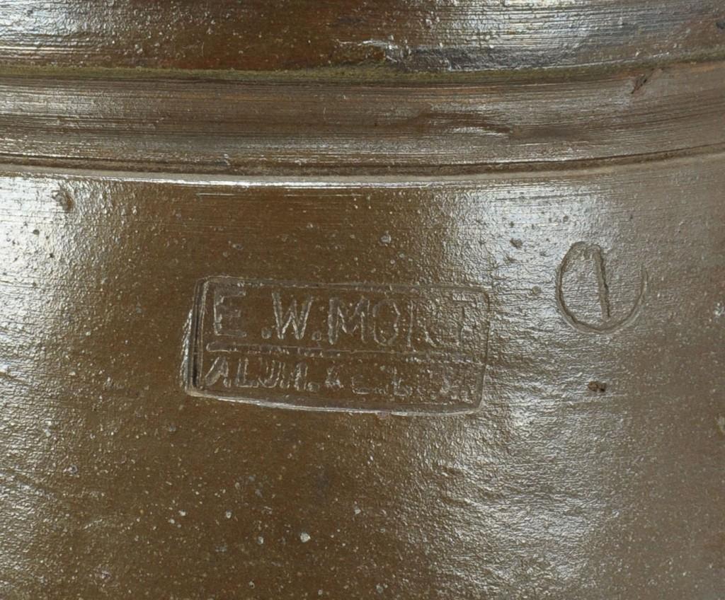 Lot 638: Virginia Stoneware Pottery Jar, E W Mort