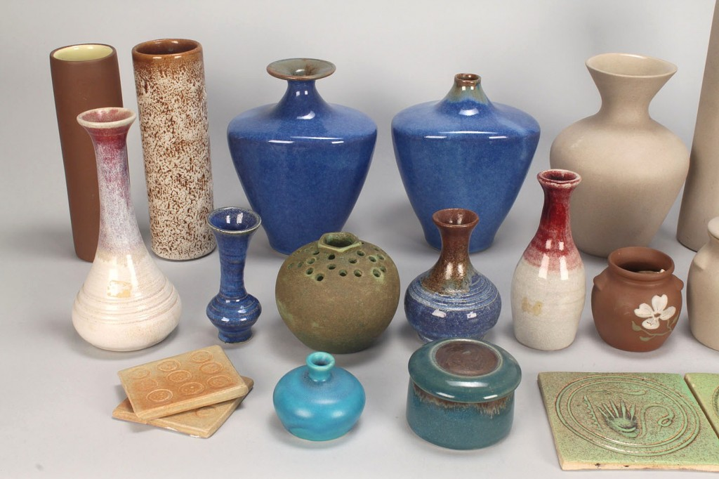 Lot 642: Group  28 Pigeon Forge Pottery Items, some signed