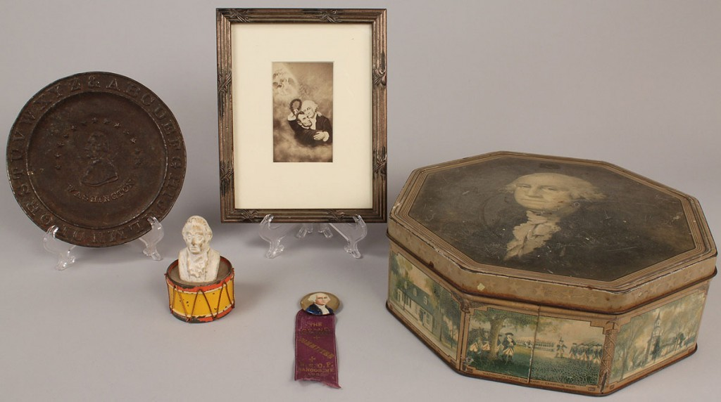 Lot 665: Large selection of 17 Patriotica items