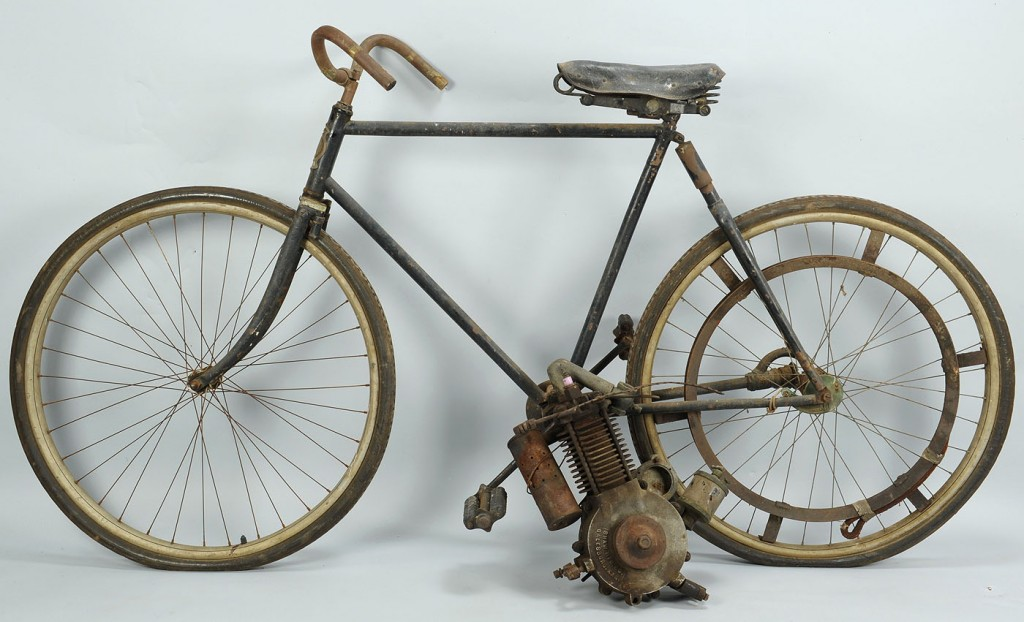 Lot 725: Monarch 1903 Bicycle w/ Shaw Attachment Motor