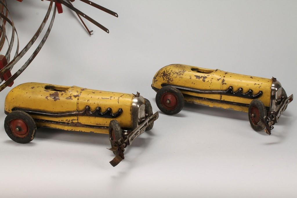 Lot 726: 2 Electricar Toys by KoKoMo Stamped Metal Co.