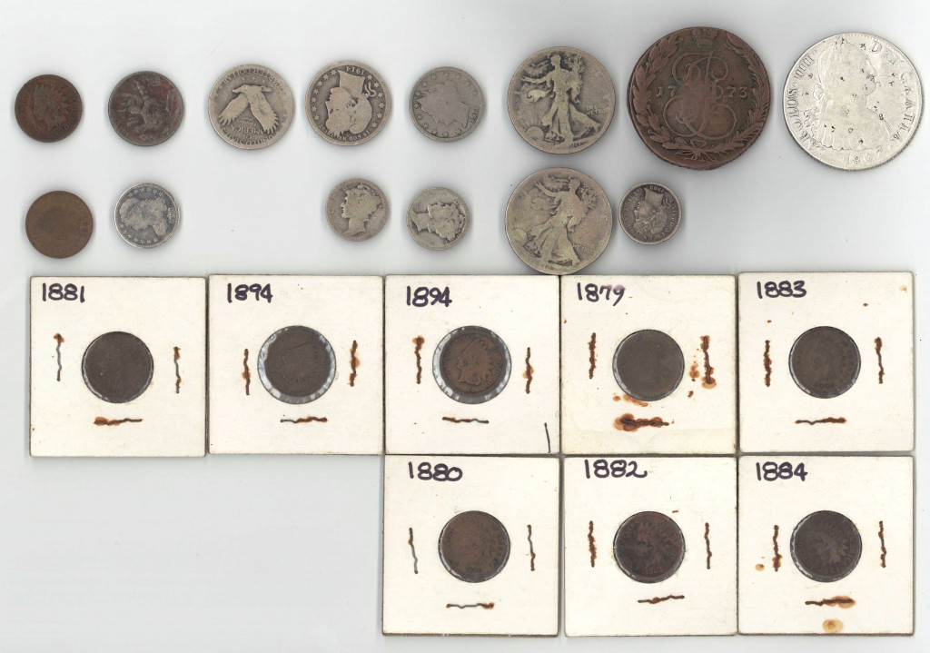 Lot 743: Assorted Grouping of US Coins & other, 22 total