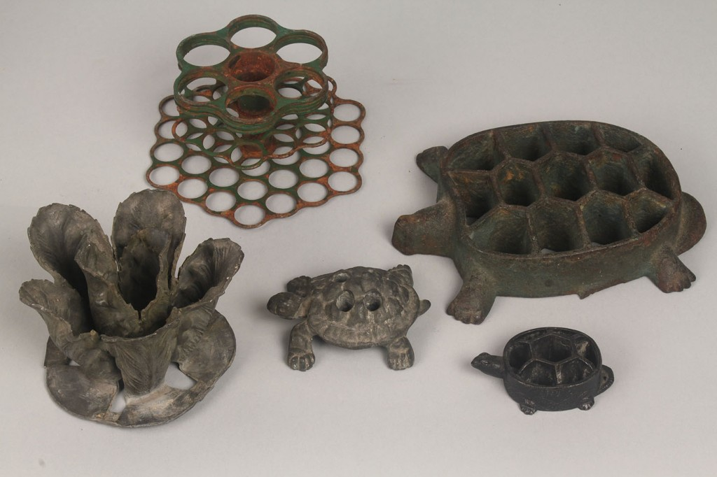 Lot 795: 6 Assorted flower frogs