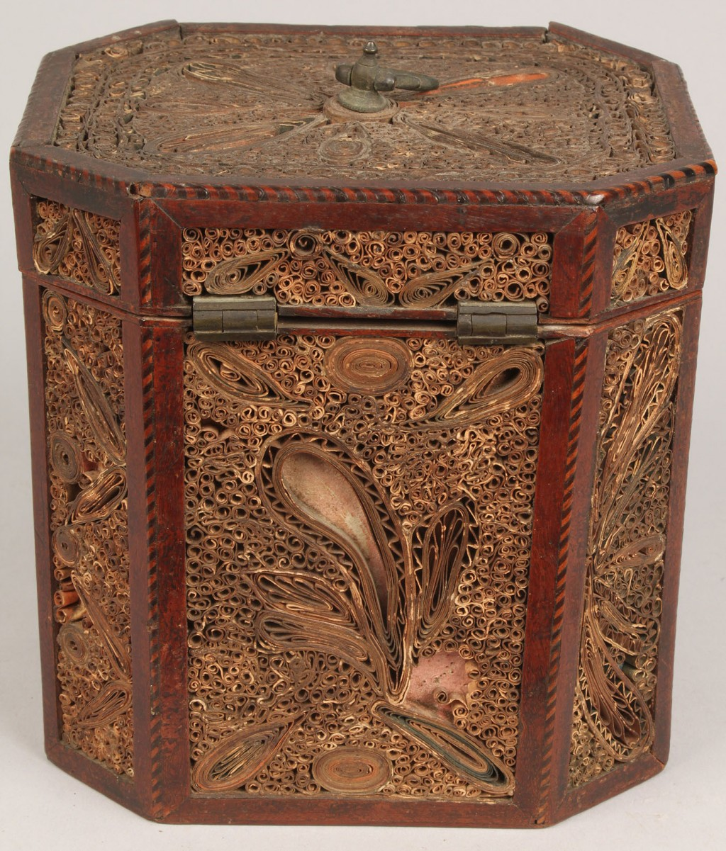 Lot 99: Quillwork box or tea caddy octagonal
