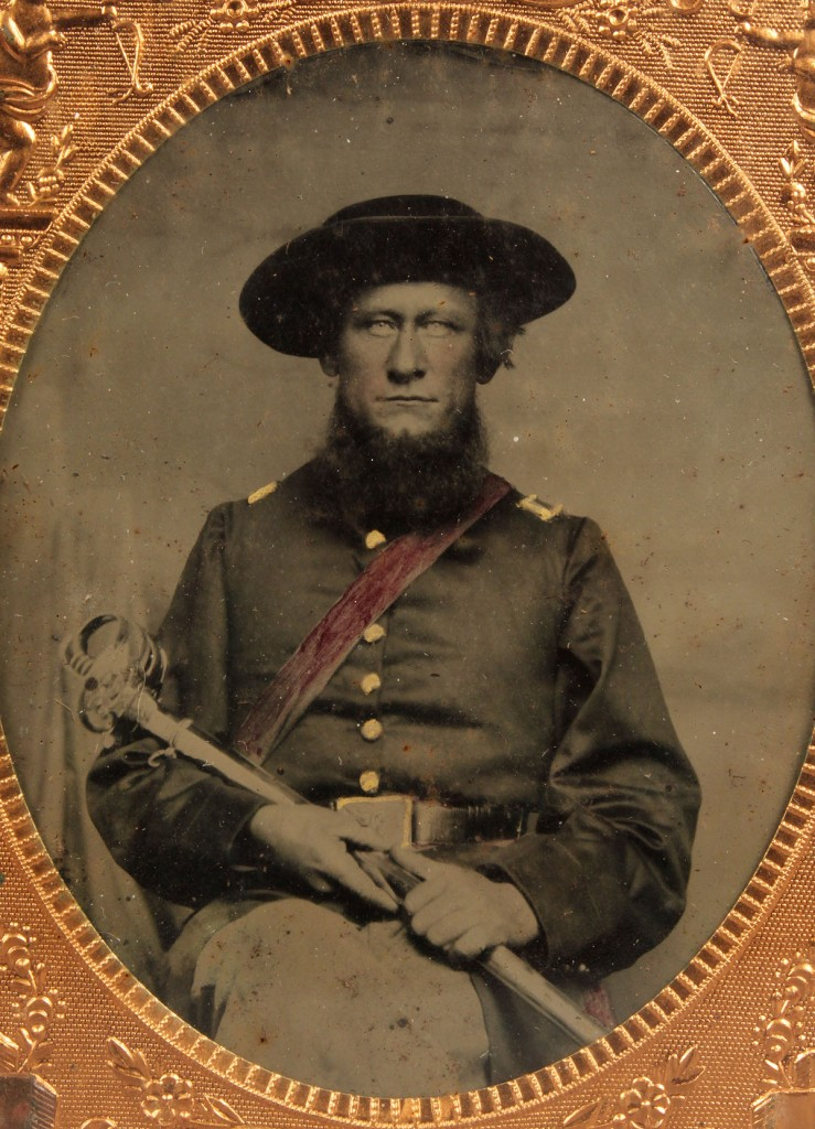 Lot 129: Civil War Tin Type East TN Soldier, Sirenius Mort