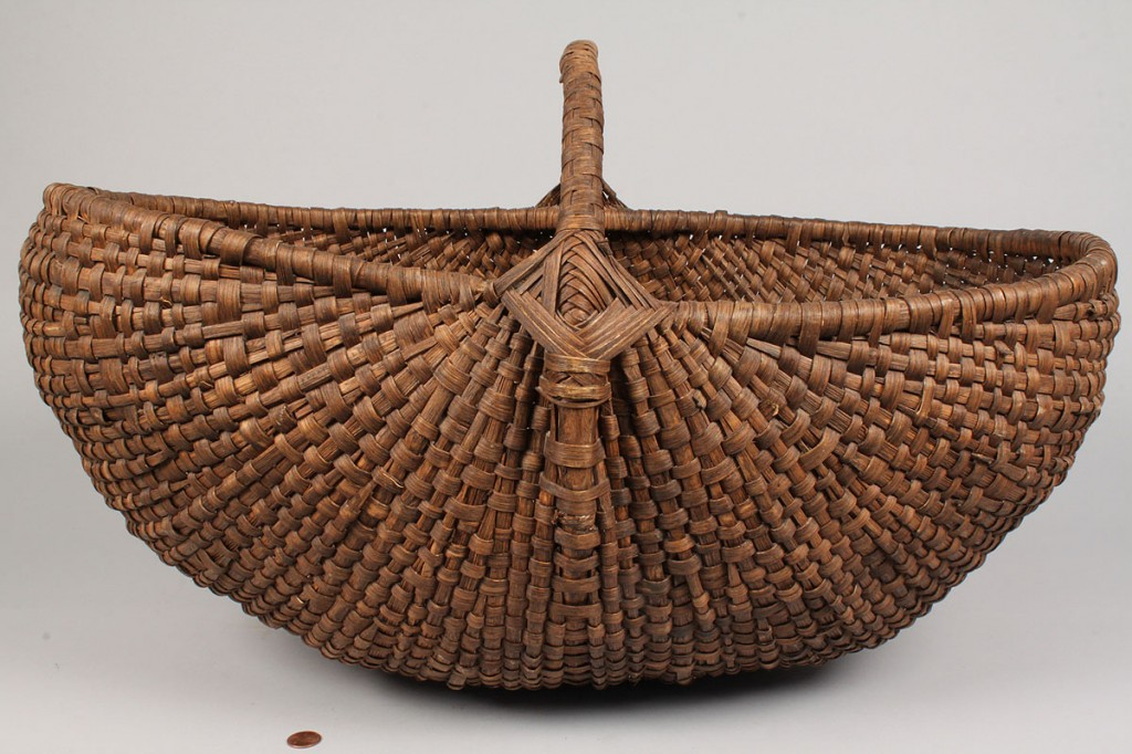 Lot 133: Large Buttocks Basket w/ Woven Handle, Tennessee history