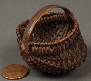 Lot 135: Exceptional miniature TN buttocks basket