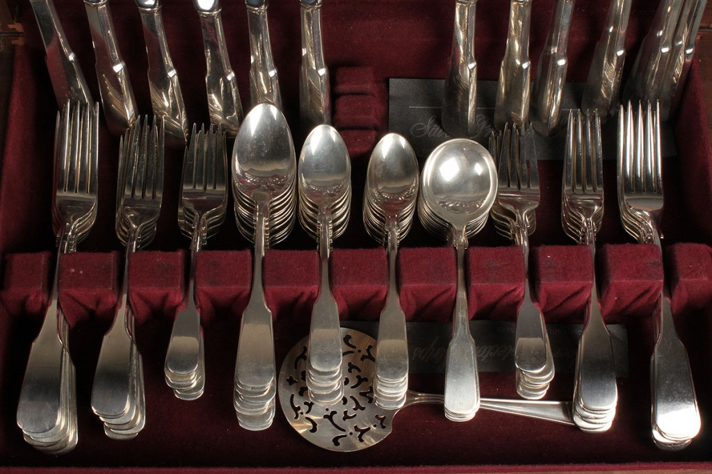 Lot 157: International Sterling Silver Flatware, 1810 Pattern, 127 Pieces plus 2 other