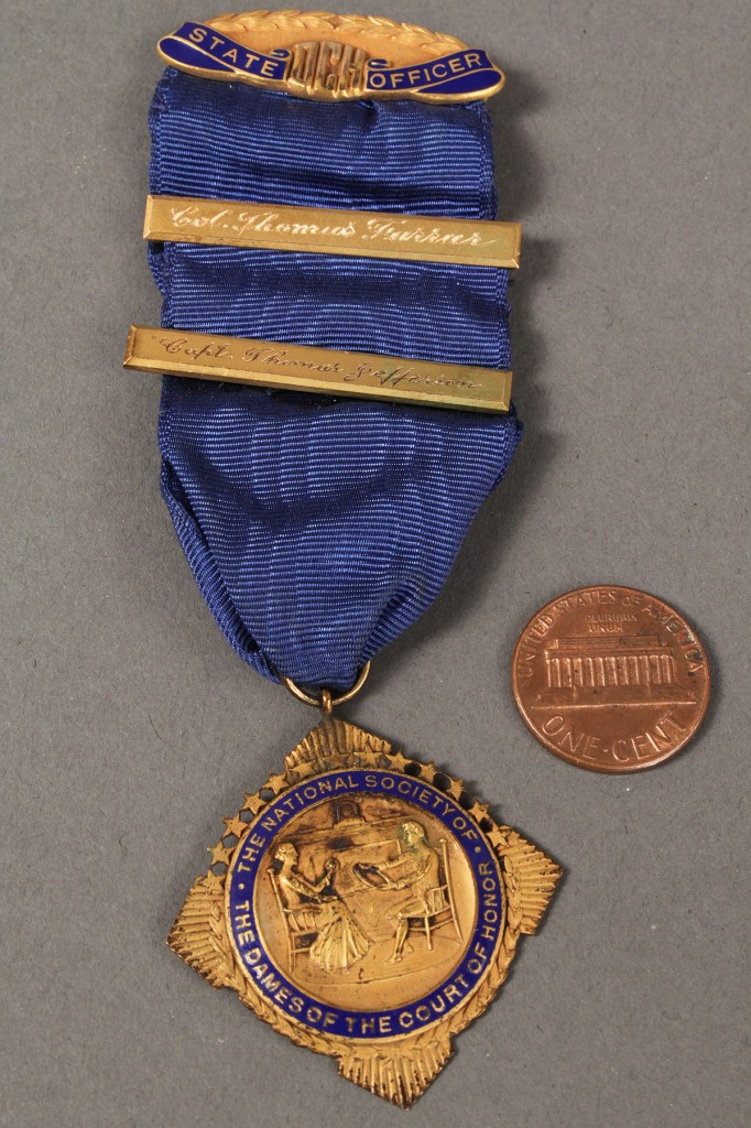 Lot 176: Lot  of 5 DAR & other 14K & 10K Medals