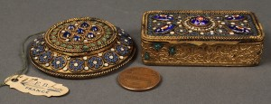 Lot 178: French enamel compact and patch box - Image 1