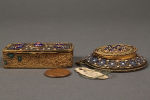 Lot 178: French enamel compact and patch box - Image 5