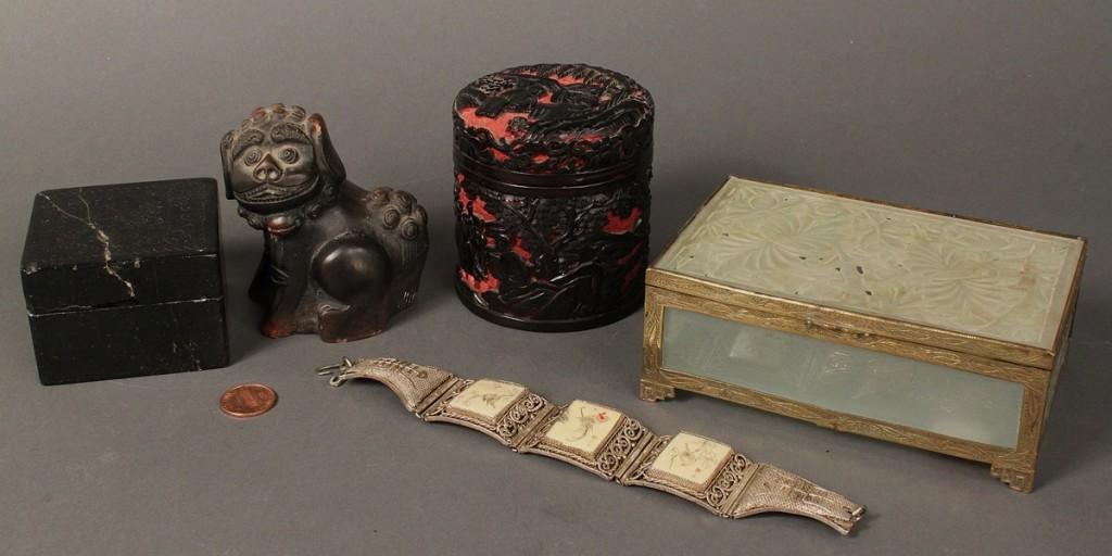 Lot 262: Assembled Lot of 5 Asian Items