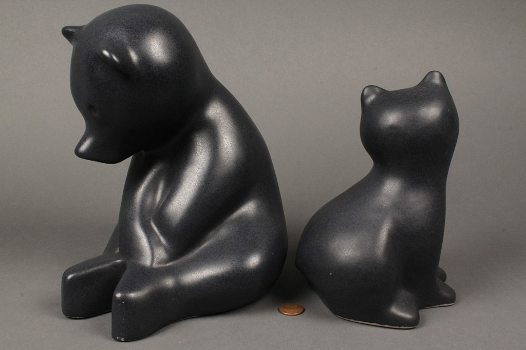Lot 301: 2 Pigeon Forge Pottery bears, D. Ferguson