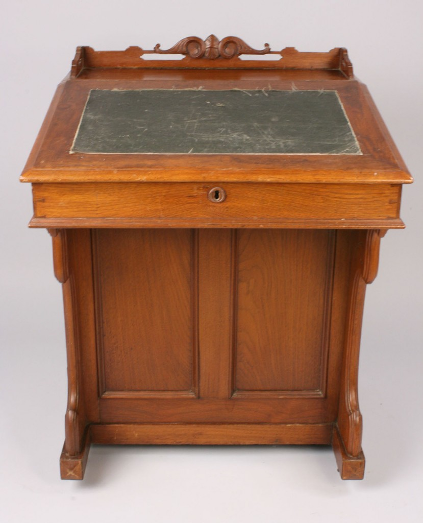 Lot 311: Davenport Desk, Knoxville, TN History
