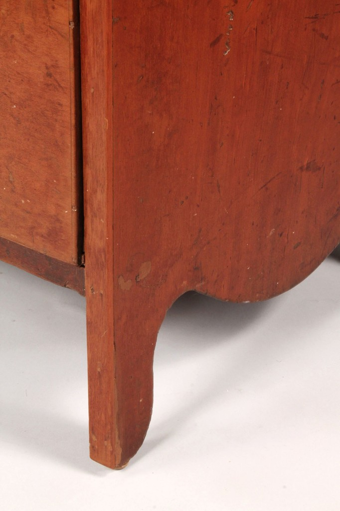 Lot 312: Southern Chest of Drawers, attrib. East Tennessee
