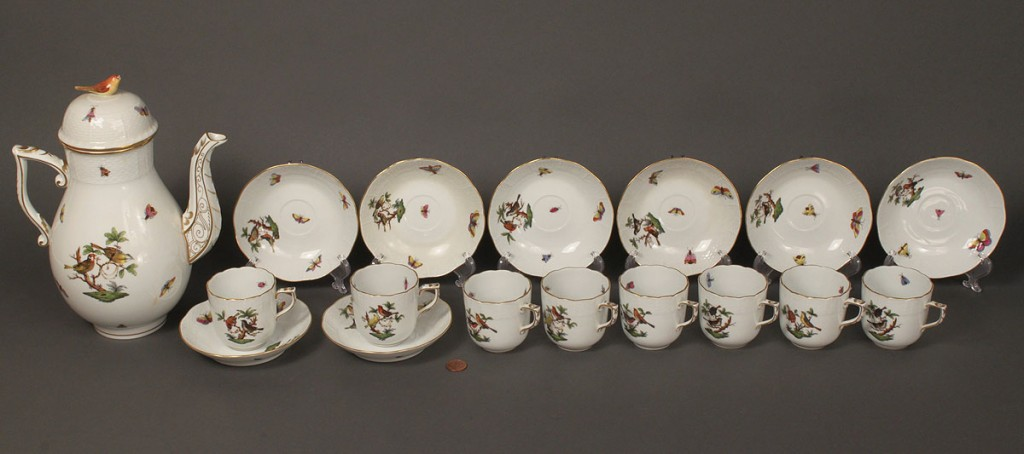 Lot 355: Herend porcelain beverage service, 17 items