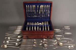 "Lot 391: International Sterling Co. ""Prelude"", 151 pieces"