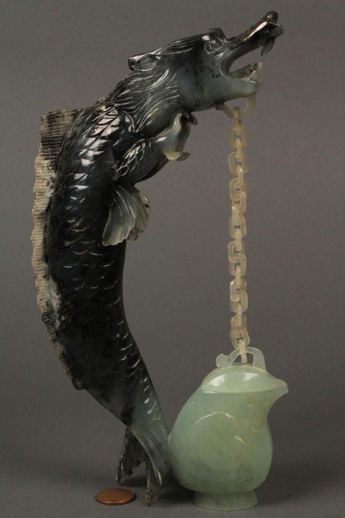 Lot 422: Chinese jade standing dragon