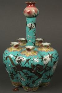 Lot 428: Chinese porcelain long neck bulb or crocus vase