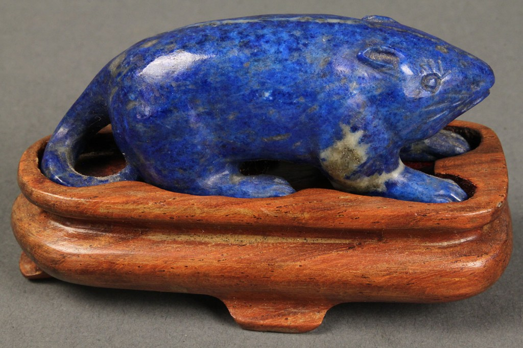 Lot 440: Lot of 3 Chinese items: lapis rat, netsuke & blanc de chine huntress
