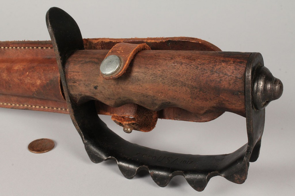 Lot 473: WWI US Model 1917 Trench Knife Knuckle Duster ACC