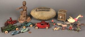 Lot 475: Assorted lot  of Vintage Toys (20 pcs)