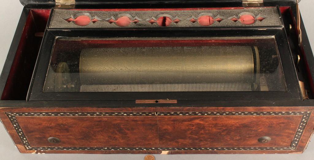 Lot 490: Swiss Cylinder Music Box