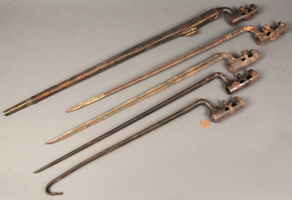 Lot 59: Lot of 5 Bayonets, one in leather scabbard