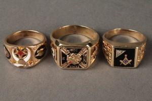 Lot 623: Lot of three 10K  Shriner's & Mason's rings