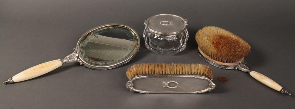 Lot 629: M. Buccellati Italian dresser set