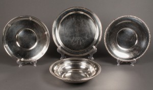 Lot 635: Lot of 4 Sterling Serving Pieces
