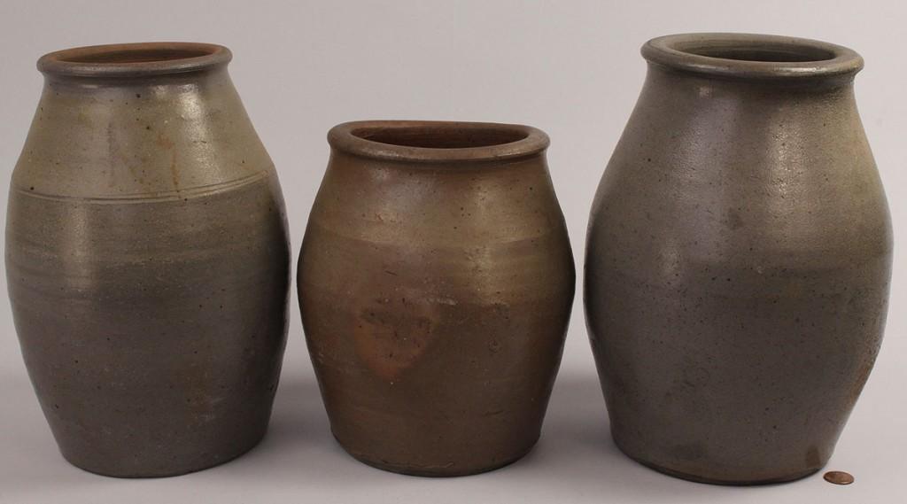 Lot 669: Lot of 3 Middle TN  Stoneware Jars
