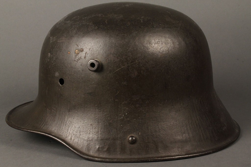 Lot 711: Imperial German WWI M-16 Helmet