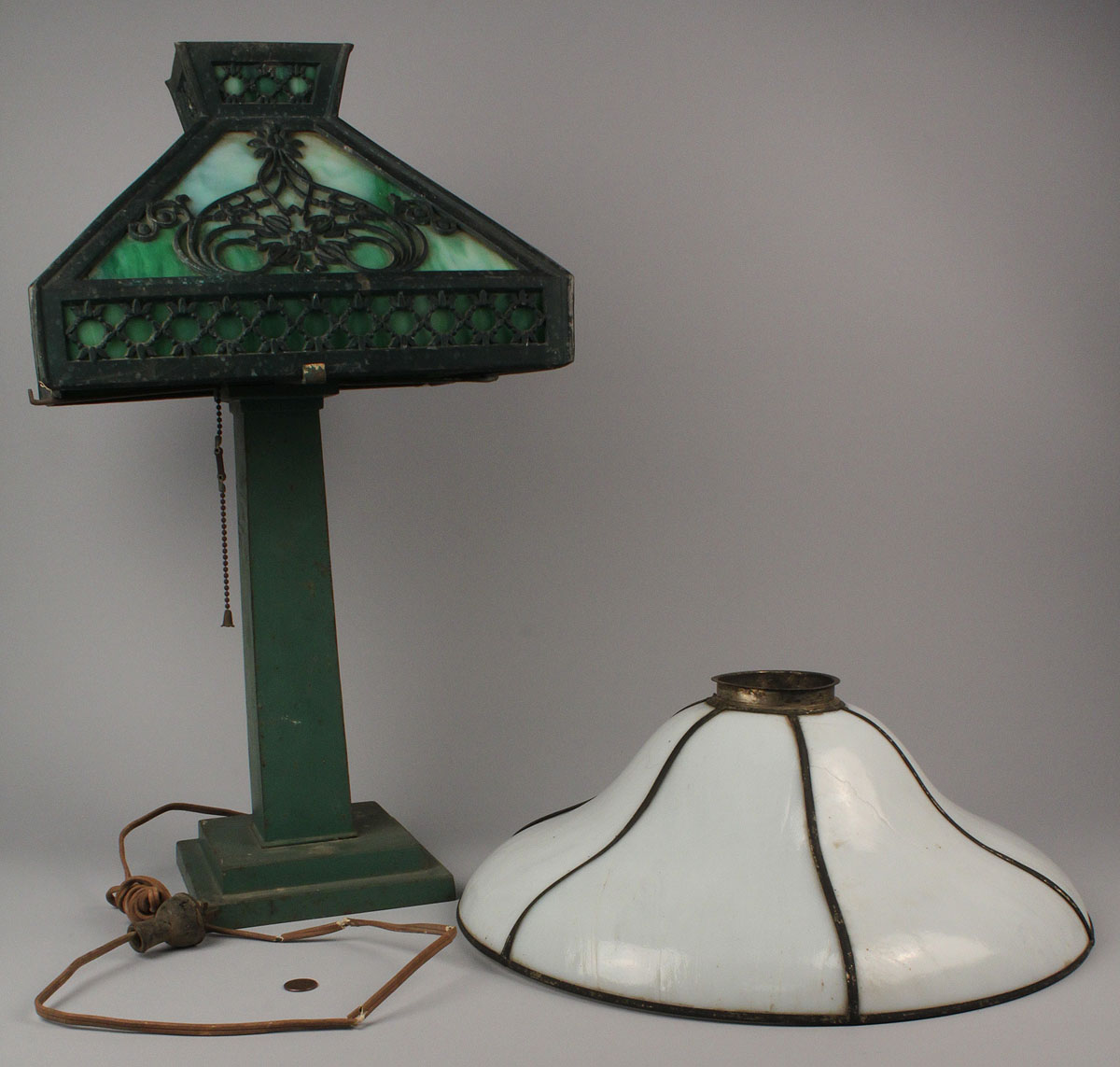 Lot 713 Mission Style Slag Glass Lamp Amp Shade