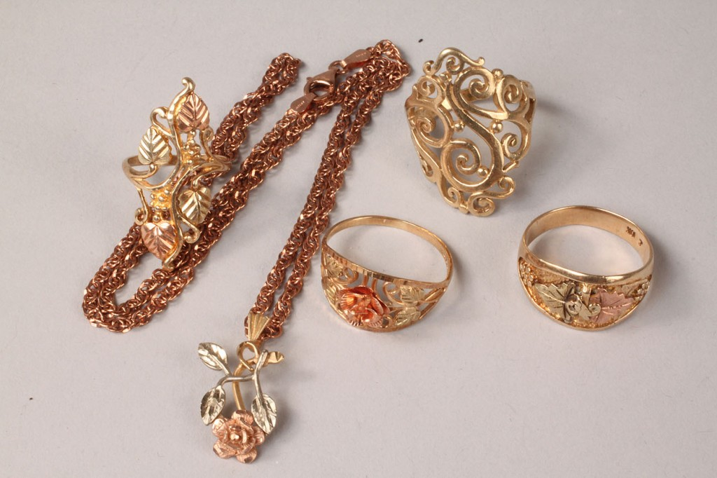 Lot 111: Grouping of Black Hills and Sorrento Gold Jewelry