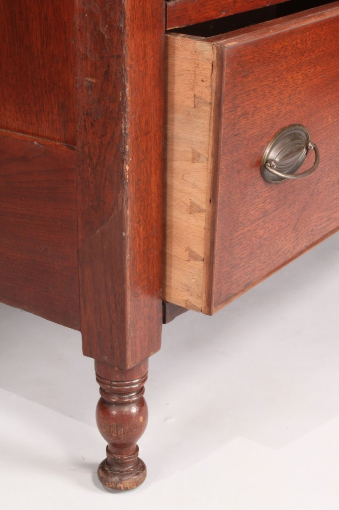 Lot 129: Southern Sheraton chest of drawers