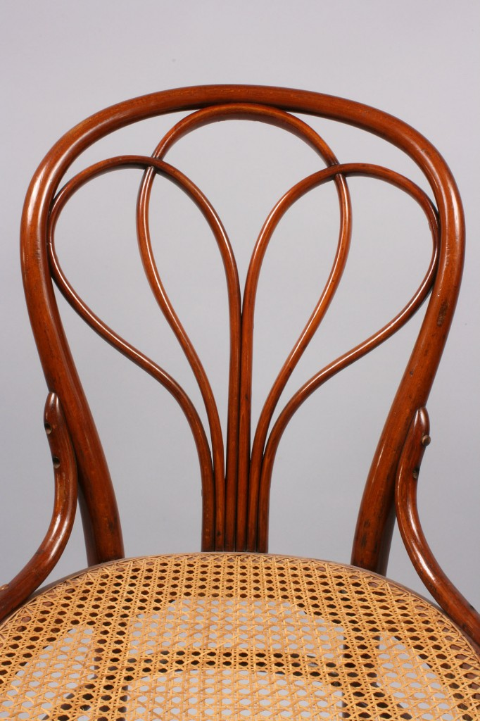Lot 144: Thonet Classic Bentwood side chair, Model #31