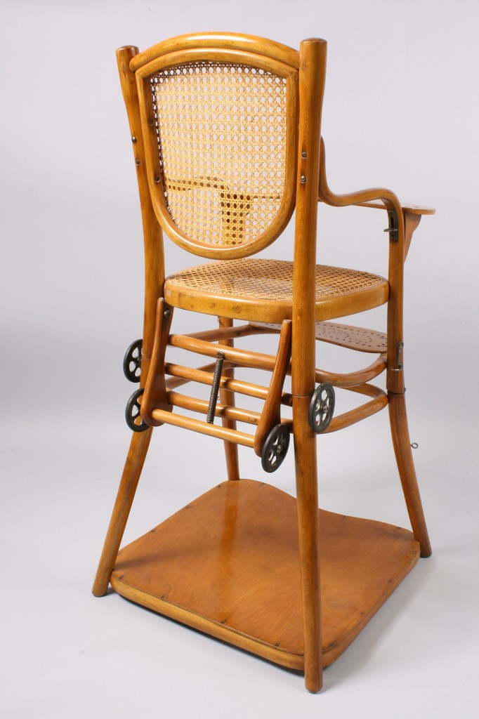 Lot 149: Thonet Bentwood Model #4 Child's Carriage Chair