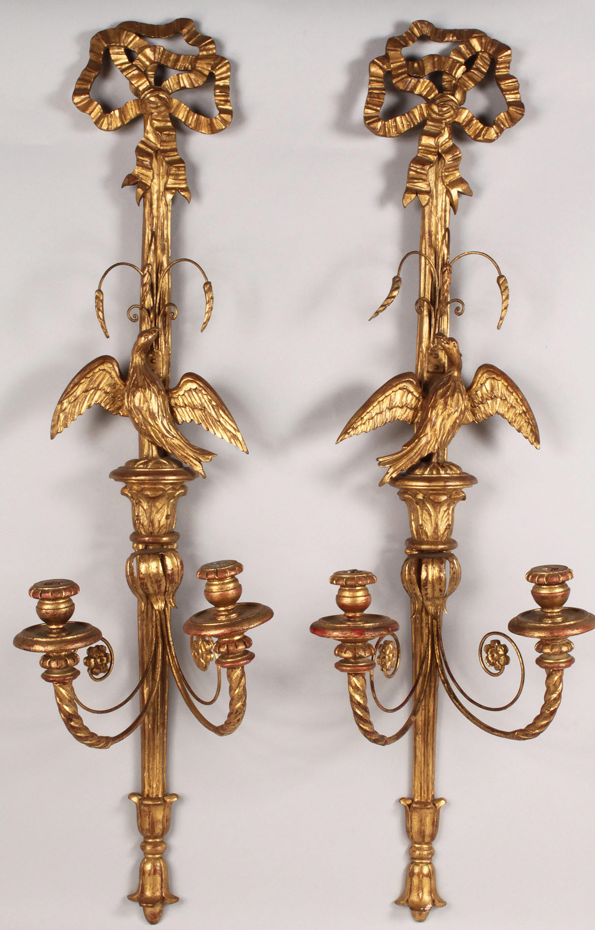Lot 183: Pair of Italian Giltwood sconces