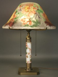 Lot 187: Pairpoint Puffy Lamp