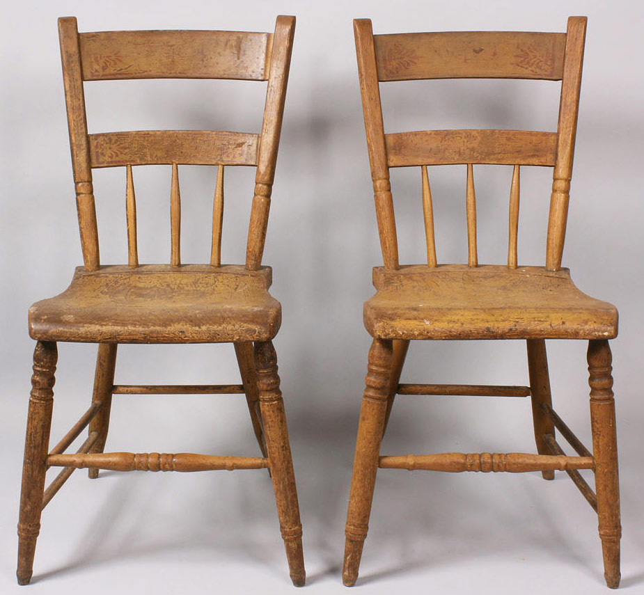 Lot 210: Pair of Middle TN Arrowback Windsor Chairs