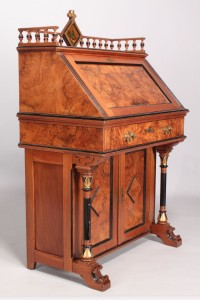 Lot 219: Aesthetic Movement Davenport Desk
